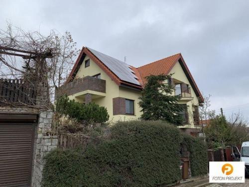 panele fotowoltaiczne na dachu 12