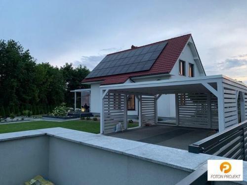 panele fotowoltaiczne na dachu 18