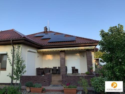 panele fotowoltaiczne na dachu 9